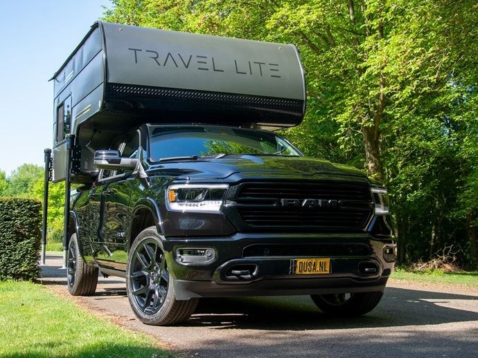 Ram Pickup with sales unit: comfortable and adventurous camping
