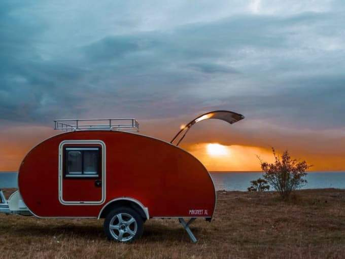 Gobanna 1200 Slide Out: teardrop caravan