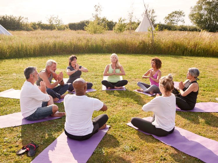 Uniek kamperen: yoga campings